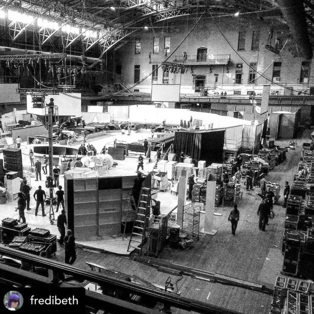 Reposted @fredibeth • Does this give you a sense of something huge? #wishiwasthere  A massive event endeavour that employed hundreds of event staff. Kind of a not so subtle metaphor for the event industry.   There are 12 million event staff, just like the ones on this event who are not working. No income, no health insurance.  325 thousand small businesses paralyzed.   An industry that contributes $750 billion per year to the nation's economy decimated.  * * * @senatorcardin @senatemajldr @senatormarcorubio @corybooker @senatorromney @chuckshumer @kristengillibrand  * * * #eventworld #eventproduction #liveevent  #liveeventcoalition #eventdesign #evententertainment #eventproducer #fundus #savetheeventindustry #saveevents