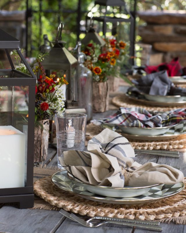 More shots from a fun collab! Who's ready for Thanksgiving? 🍂🥂🥧 #letsdoitagain #keepthecreativityflowing   Photo  #davidhechlerphptograpers  Video @stuartproductions @totalentertainmentnyc  Catering  @marciaseldencatering @jeffselden  Floral Paul Tsang Diaz @Spina  Design and Tablescapes @CBealifestyle  Tabletop Rentals  @thetabletopcompany @redblissdesign @mrpsplacecards